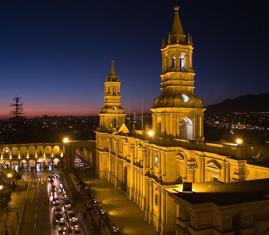 Atacama Peru Reizen Arequipa Kathedraal